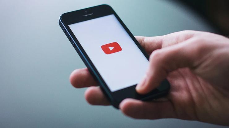 Youtuberzy muszą płacić VAT. Wielu z nich o tym nie wie