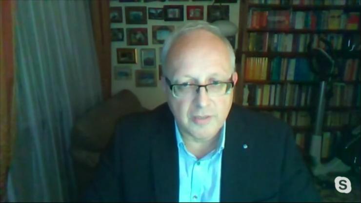 Prof. Flisiak: Nie możemy sobie pozwolić na pełny lockdown