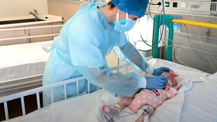 """Lekarze z Madrytu przeszczepili serce niemowlęciu. """"Organ od dawcy z inną grupą krwi"""""""